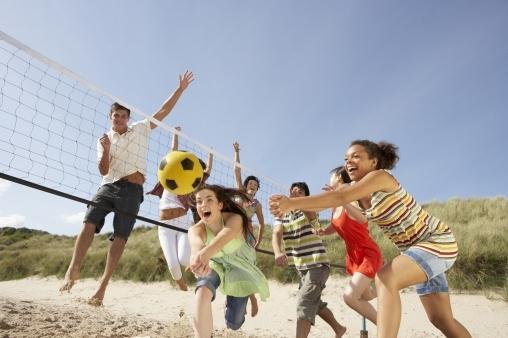Волейбол с полотенцами