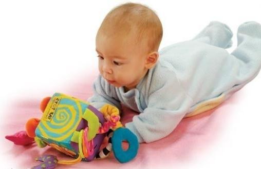 Развитие младенца до 3 месяцев