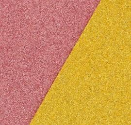 Рисование разноцветным песком