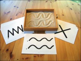 Игры с песком «Песочные художества», «Знакомство с песком», «Узор на песке», «Песочный дождь»